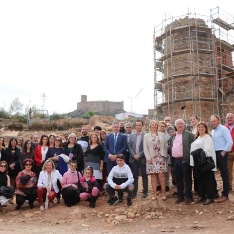 Foto familia de la visita al casco histórico
